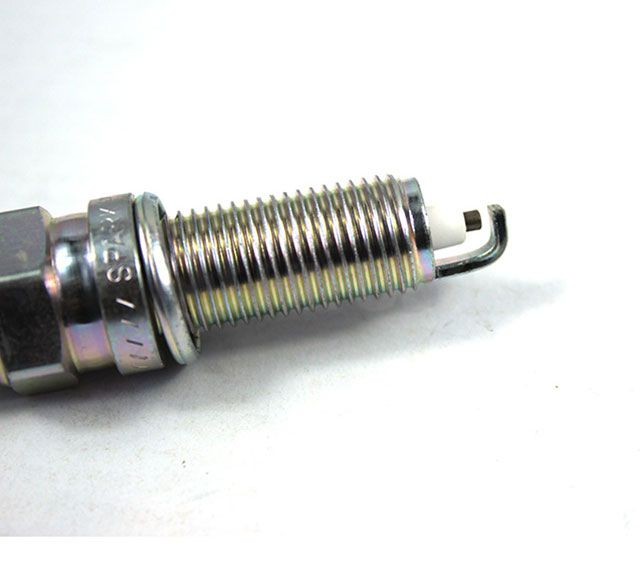 CD1578 Hyundai Spark Plug LZKR6B-10E